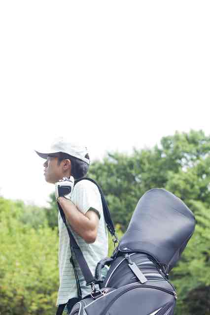 ゴルフでギックリ