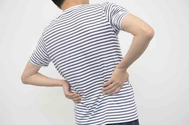鈍痛の腰痛