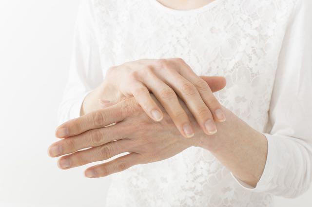 手、肘の痛み
